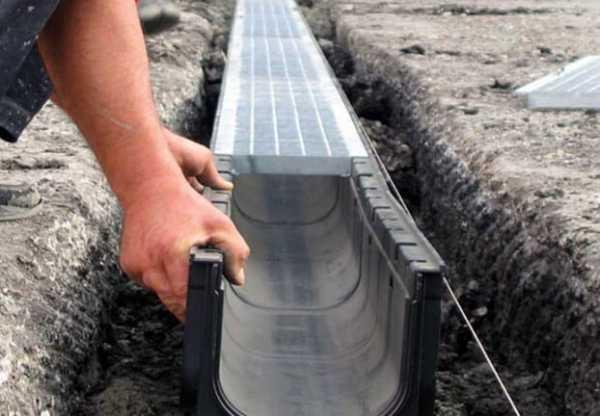Распространенные причины использования подрядчиков по установке ливневого дренажа